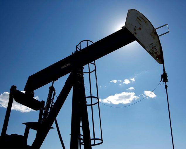 Нефть падает ниже $ 100, теряет 4% в неделю