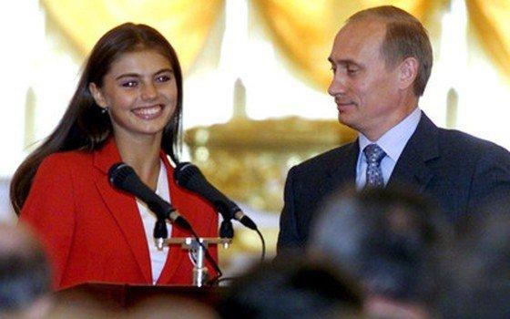 Кем является Алина Кабаева?