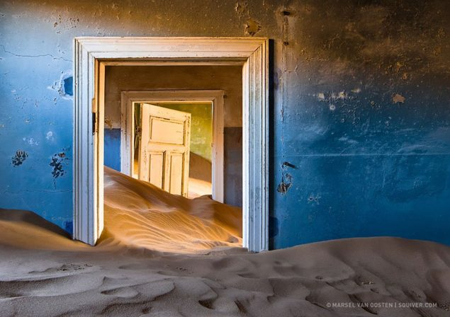 1412239422_nature-reclaiming-abandoned-places-7