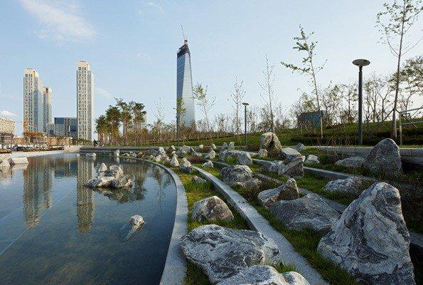 NewSongdoCityCentralParkandCanal_595Wx400H_cHGEschFotografieGaleInternationalKorea