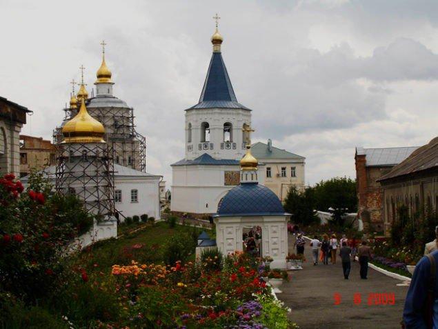 Молчанский монастырь (XVII–XIX вв.) в чичибабинском «Игоревом Путивле».