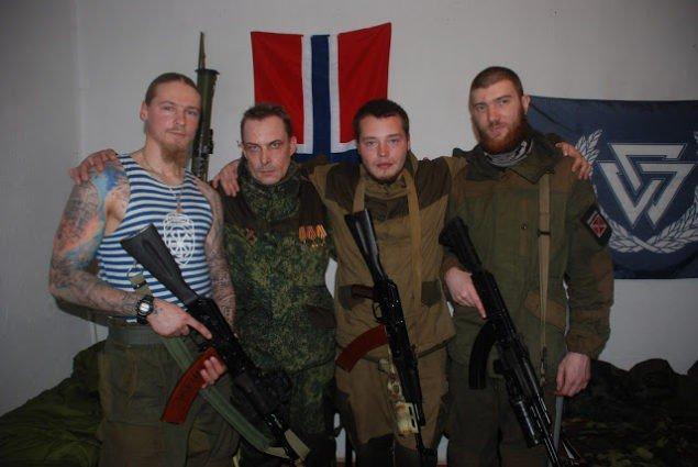 Нацисты - ядро гибридной армии России в Украине
