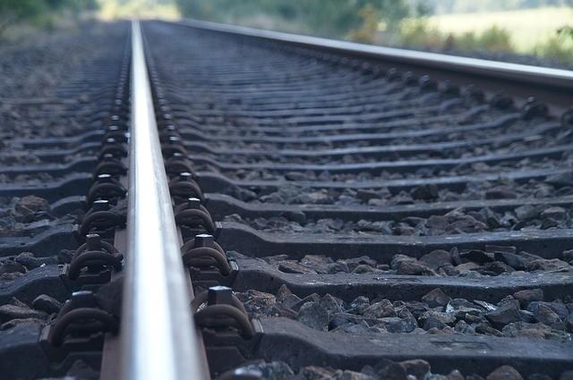 изображение железнодорожной колеи