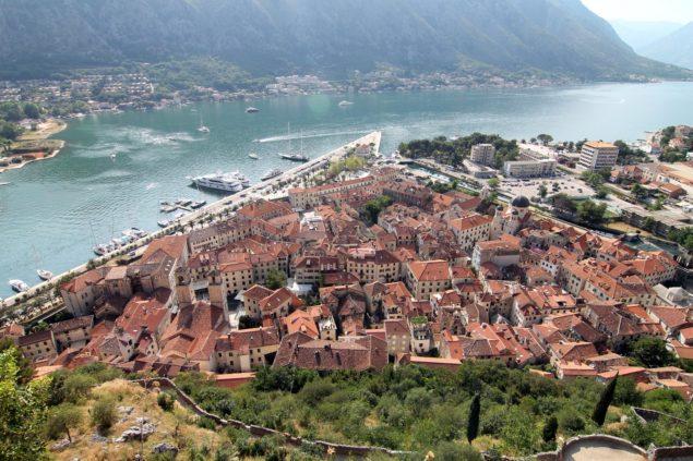 14 человек, 2 русских, обвиняются в попытке государственного переворота в Черногории