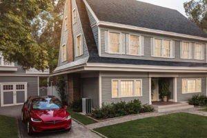 """""""Сонячний дах"""" Тесла доступний для попереднього замовлення"""