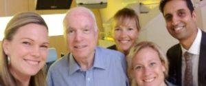 Джон Маккейн завершує перший раунд лікування радіацією і хіміотерапією