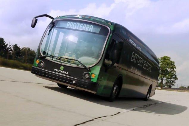 Електричний автобус встановлює рекорд заїзду в 1101 милю без підзарядки