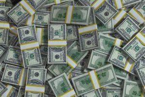 ПОД ЕЛОЧКУ $5 МЛРД КАК РЕЗЕРВЫ ВОЗВРАЩАЮТСЯ НА УРОВЕНЬ 2013 ГОДА