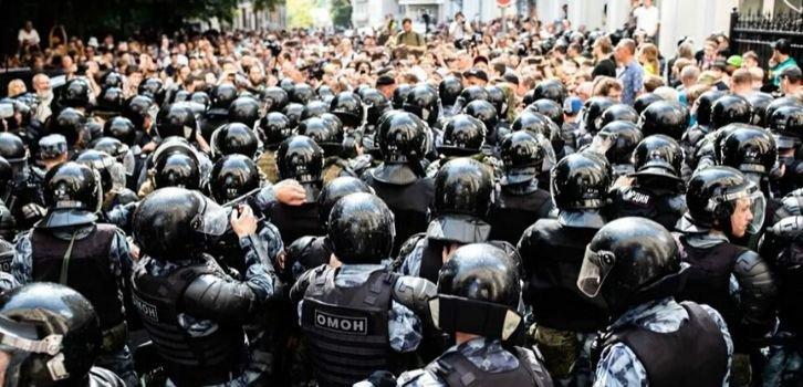 На пороге революции – в РФ растет недовольство регионов