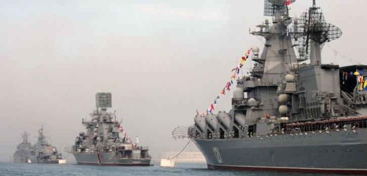 Готується до війни? Росія активно переозброює флот в Криму