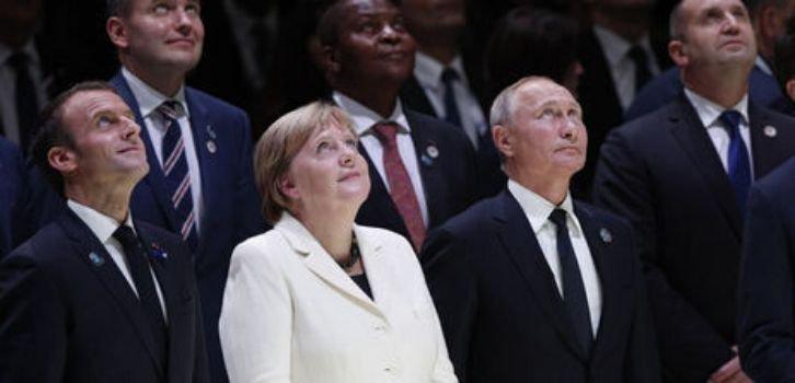 Кремль разослал приглашение на 9 мая