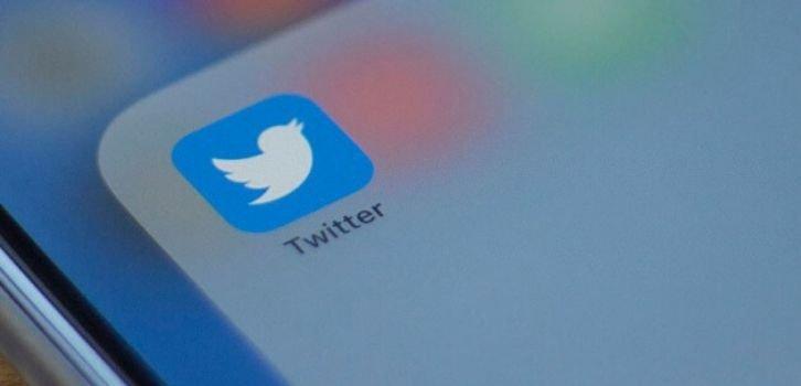 Twitter и Facebook могут покинуть Россию