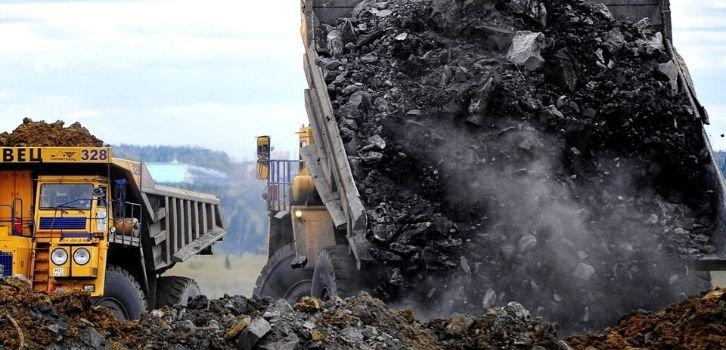В России сократились добыча угля и экспорт нефти