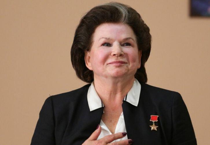 Россияне хотят лишить Терешкову звания почетного гражданина