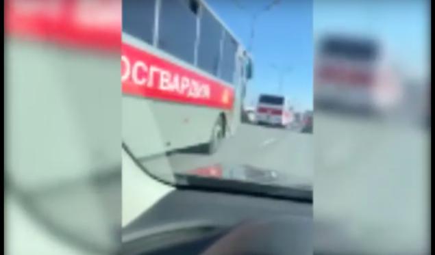 Для чего войска в Москве: бить из БТР по коронавирусу или по москвичам?