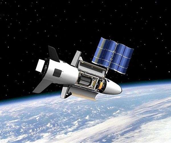 Таємна місія космічного літака США X-37B