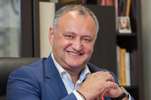 Президент Молдовы привезет в РФ вторую волну коронавируса