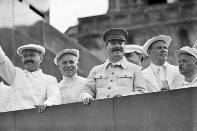Допрыгнуть до Сталина