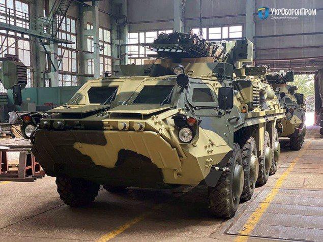 Четыре новых бронетранспортера БТР-4Е переданы ВСУ, — Укроборонпром