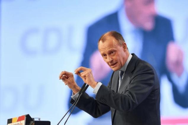 Возможный преемник канцлера Германии требует заморозить «Северный поток-2»