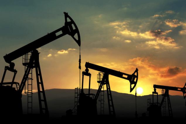 Нефть дешевеет на слухах о новых скидках Саудовской Аравии