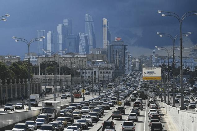 Минтранс РФ предлагает общественный транспорт для бедных и дороги для богатых