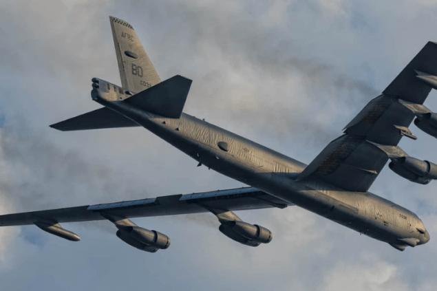 Над Украиной снова пролетели бомбардировщики США – такие патрулирования будут регулярными