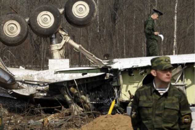 Варшава намерена арестовать авиадиспетчеров из Смоленска