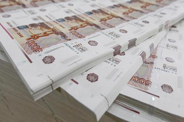 Каждый десятый россиянин получает зарплату «в конверте» – опрос
