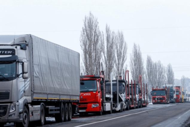 Ситуація із зупинкою вантажів на митниці поступово покращується – ЄБА