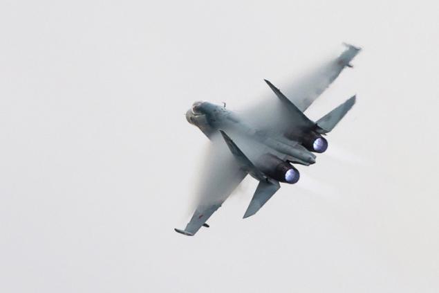 Военные РФ случайно сбили на учениях истребитель Су-30