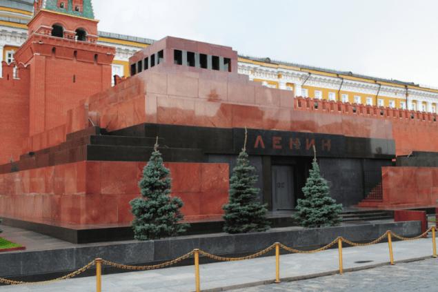 В России планируют избавиться от Ленина