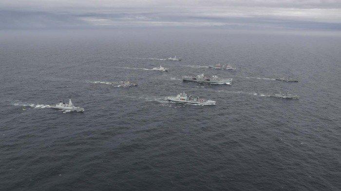 США, Нидерланды и Британия сформировали крупнейшую за 20 лет авианосную ударную группу