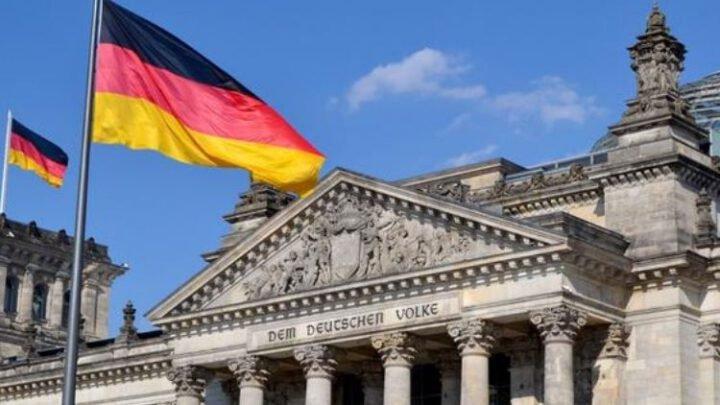 Немцы считают, что Кремль готов травить их новичком – чешский политолог