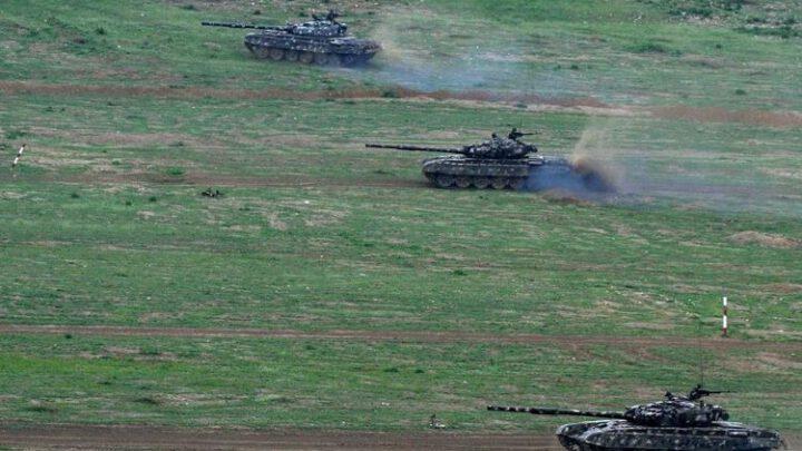 Азербайджан показал захват армянской воинской части