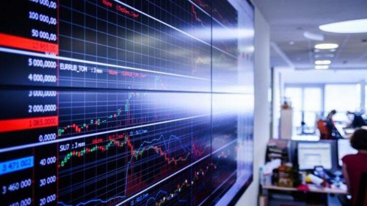 Иностранные инвесторы массово сбрасывают российские акции