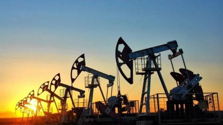 Нефтегазовые доходы РФ упали до уровней 2004 года