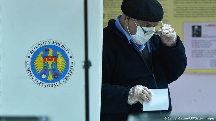Выборы в Молдове: в первом туре ничего не решено, во втором ничего не изменится