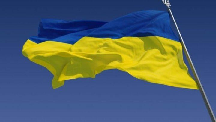 Президент Украины рассказал FT, кто стоит за скандальным решением КСУ
