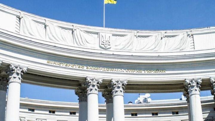 Дания передала Украине 50 аппаратов ИВЛ – МИД