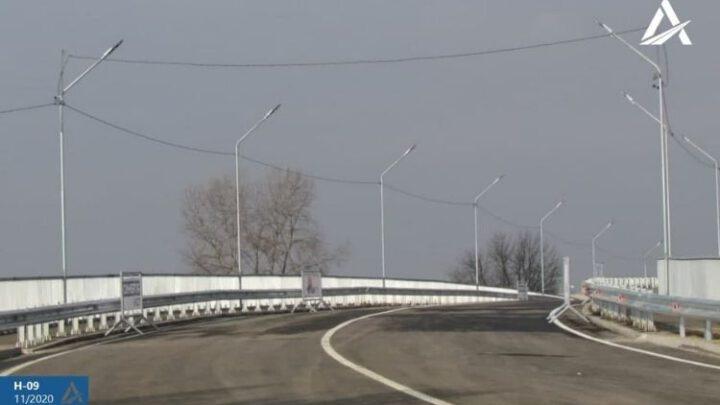 «Укравтодор» открыл движение по новому Буштинскому мосту на Закарпатье
