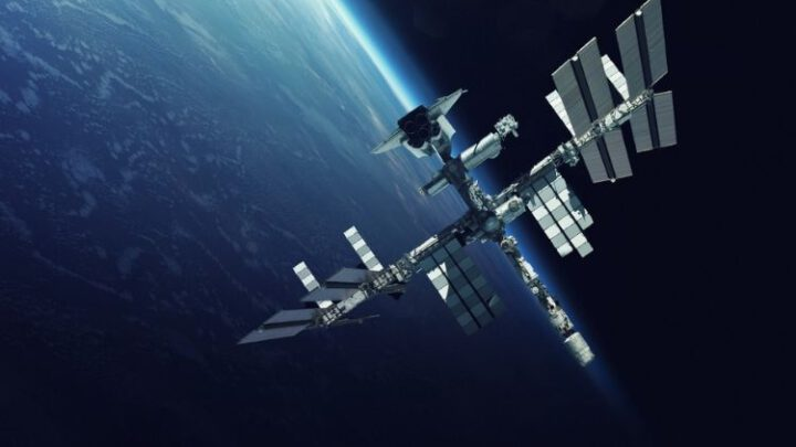 Россия может сдать свою часть МКС на лом