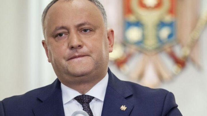Экс-президент Молдовы готовится к эвакуации в Москву