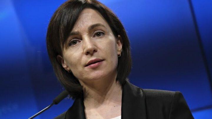 Санду призвала граждан Молдовы выходить на протесты