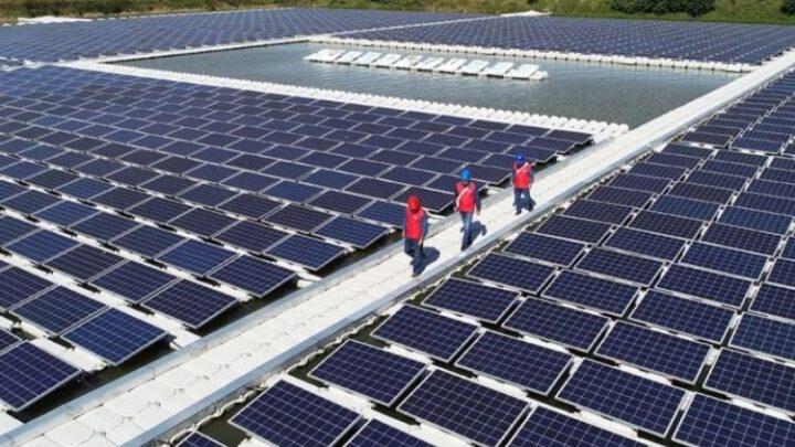 В Индии построят крупнейший в мире солнечно-ветровой парк мощностью 30 ГВт