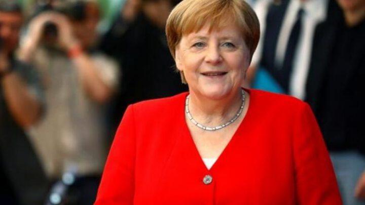 Зачем Кремль решил обсудить с Меркель Нормандский формат