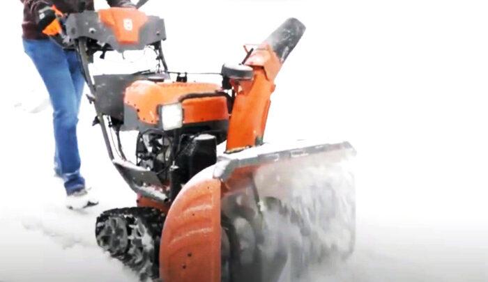 Снегоуборочная машина для дома?