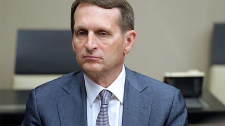 Жаба на трубе: кто стоит за десакрализацией правителя РФ