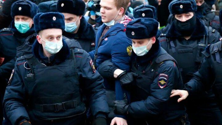 Кто руками Навального превращает Россию в пороховую бочку. Эксклюзив