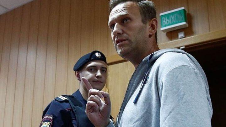 Кремль использует Навального для навязывания Евросоюзу «Спутника V». Это гадкое слово «шантаж». Эксклюзив